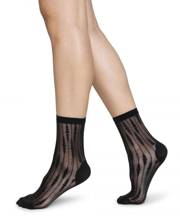Swedish_Stockings_Josefin_drop_sock_black_1